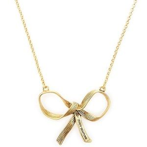 {Juicy Couture} Golden Bow Necklace // 9 in
